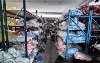 Κρήτη: Κατασχέθηκαν χιλιάδες προϊόντα «μαιμού» και 2 τόνοι ποτών