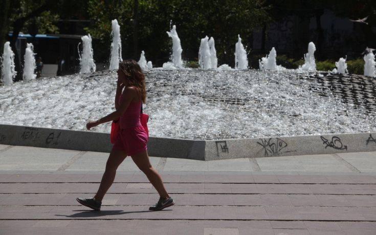 Καιρός: Έρχονται 40άρια και συνθήκες καύσωνα, 7 βαθμούς πάνω από το κανονικό η θερμοκρασία