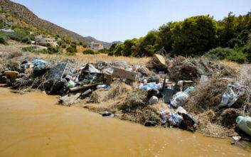 Απέραντος σκουπιδότοπος η Σαλαμίνα