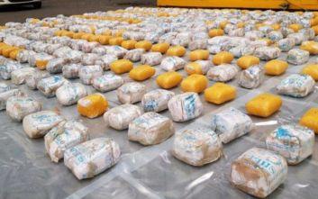Ηρωίνη αξίας 43 εκατ. ευρώ εντόπισαν οι βρετανικές αρχές μέσα σε κοντέινερ με… μπουρνούζια