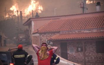 Η τρομακτική πρώτη εικόνα από το χωριό Κοντοδεσπότι στην Εύβοια που εκκενώνεται