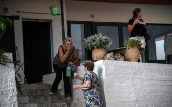 Μεγάλη φωτιά στην Εύβοια: Εκκενώνεται το χωριό Πλατανιά