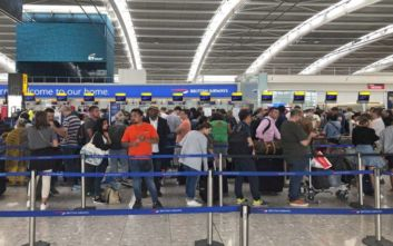 Ακτιβιστές προκαλούν αναστάτωση στις πτήσεις στο Χίθροου
