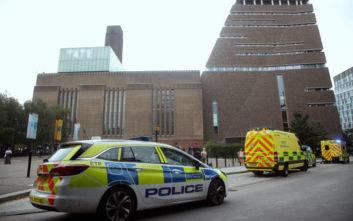Εκτός κινδύνου ο 6χρονος που έπεσε από τον 10ο όροφο πινακοθήκης στο Λονδίνο