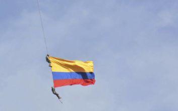 Σκοτώθηκαν υπαξιωματικοί σε αεροπορική επίδειξη στην Κολομβία