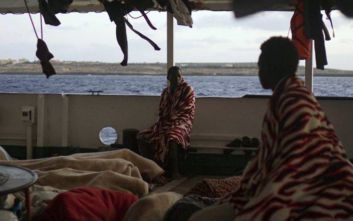 Μεταναστευτικό στη Μεσόγειο: Από ήρωες... συνεργοί οι ΜΚΟ