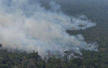 Ο Μπολσονάρου στέλνει τον στρατό στον Αμαζόνιο