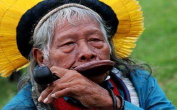 «Ο Μπολσονάρου υποκινεί καλλιεργητές και εξορυκτικές εταιρείες να βάζουν φωτιές στον Αμαζόνιο»
