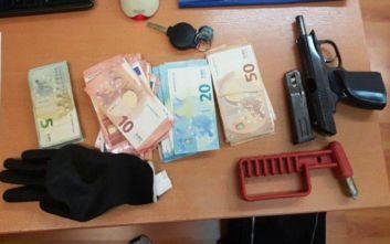 Στα χέρια της αστυνομίας ο κατά συρροή ληστής καταστημάτων τυχερών παιχνιδιών