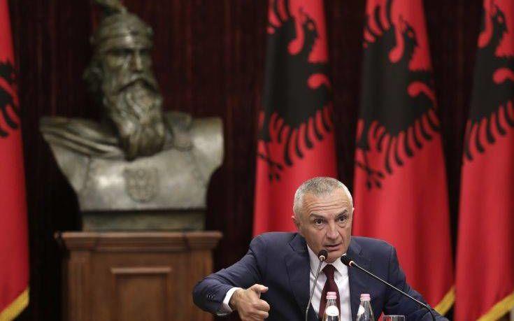 Πρόεδρος Αλβανίας: Ακύρωσα τις εκλογές υπό τον φόβο αιματοχυσίας