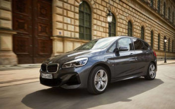 Νέα BMW 225xe Active Tourer
