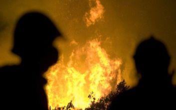 Κωμοπόλεις εκκενώνονται σε νησί της Ισπανίας λόγω πυρκαγιάς
