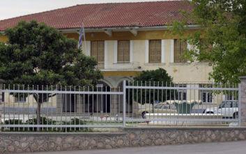 Τέσσερις κρατούμενοι απέδρασαν από τις φύλακες Τίρυνθας