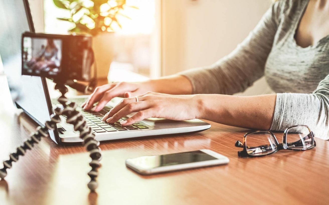 Ποιοι είναι οι ψηφιακοί νομάδες και πώς αλλάζουν τον κόσμο της εργασίας