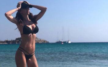 Η Ελίνα Καντζά παραμένει εντυπωσιακή και σέξι