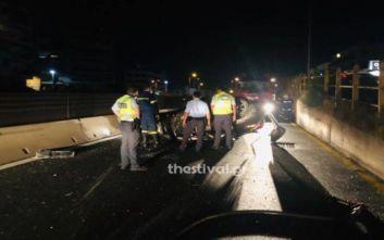 Τροχαίο στη Θεσσαλονίκη: ΙΧ χτύπησε στις προστατευτικές μπάρες και σύρθηκε για 50 μέτρα