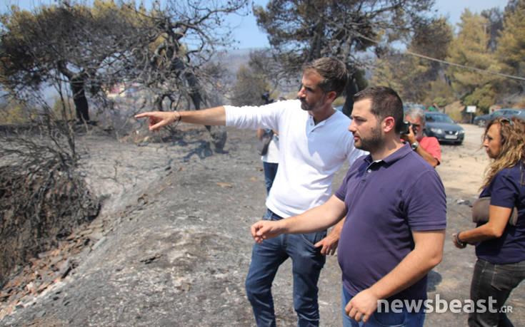 Φωτιά στην Εύβοια: Επιθεώρηση στα καμένα από Μητσοτάκη και Μπακογιάννη