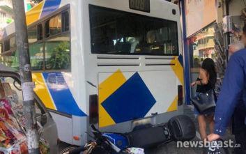 Ατύχημα με λεωφορείο στου Ζωγράφου