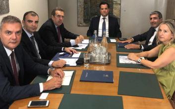 Γεωργιάδης: Συνάντηση για όλα τα ζητήματα που αφορούν μικρομεσαίες επιχειρήσεις και τράπεζες