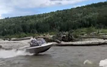 Η βάρκα που δεν γνωρίζει εμπόδια