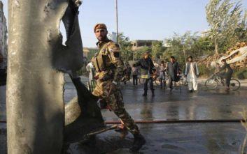 Ενενήντα πέντε τραυματίες από την έκρηξη στην Καμπούλ