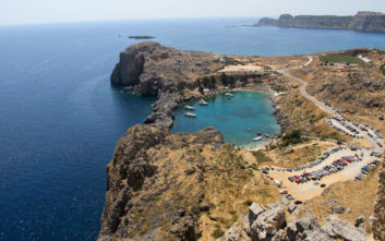 Το οχυρό της Ρόδου που δεσπόζει στο αρχιπέλαγος