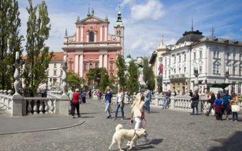 Ποια χώρα των Δυτικών Βαλκανίων έχει μέσο μισθό στα 1.113 ευρώ