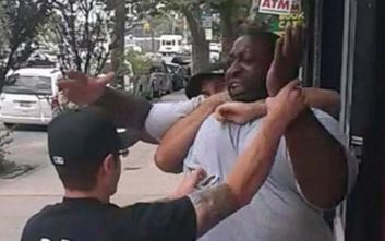 Αστυνομικός προκάλεσε ασφυξία σε Αφρομερικανό ύποπτο και απολύθηκε με… 5 χρόνια καθυστέρηση