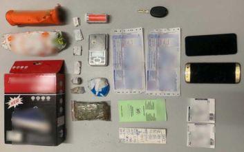 Έστελναν ναρκωτικά σε ταχυδρομικά δέματα, συνελήφθησαν τέσσερα άτομα