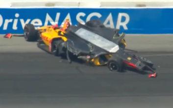 Τρομακτικό ατύχημα σε αγώνα του αμερικανικού πρωταθλήματος IndyCar