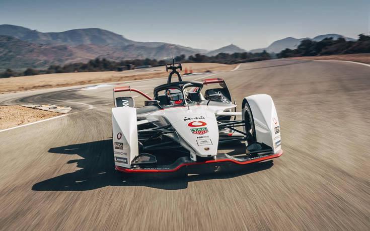 Η Vodafone υποστηρίζει την ομάδα Porsche της Formula E, της πρώτης παγκόσμιας διοργάνωσης αγώνων ηλεκτρικών αυτοκινήτων
