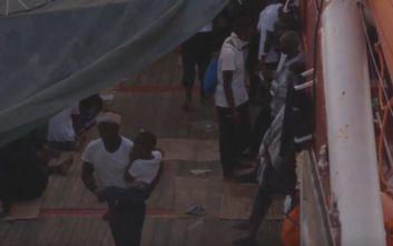 Ocean Viking: 356 μετανάστες παραμένουν επί 11 ημέρες στο πλοίο μεταξύ Μάλτας και Ιταλίας