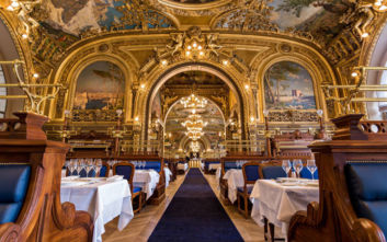 Το εστιατόριο στο σταθμό του Παρισιού που μετρά έναν αιώνα ζωής