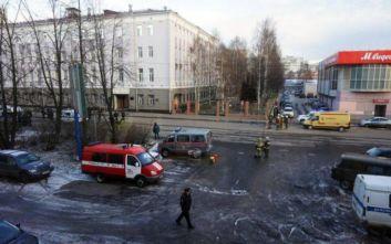Κάτοικοι αγοράζουν ιώδιο μετά την έκρηξη πυραύλου στη Ρωσία