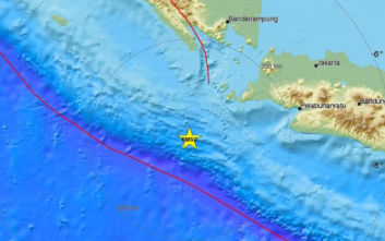 Ισχυρός σεισμός τώρα στην Ινδονησία