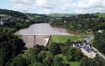Η κωμόπολη που κινδυνεύει να βυθιστεί κάτω από 1,2 εκατ. τόνους νερού