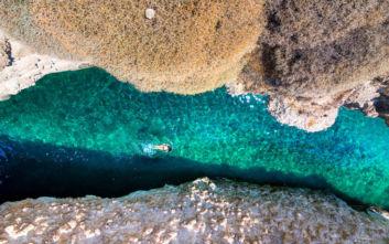 Μοναδική εμπειρία το κολύμπι στα νερά του Παπάφραγκα