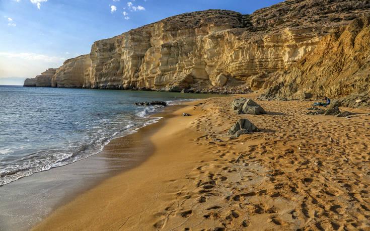 Η παραλία της Κρήτης σημείο αναφοράς για τους λάτρεις του γυμνισμού παγκοσμίως