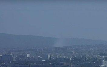 Φωτιά στη Λυκόβρυση κοντά στην εθνική οδό