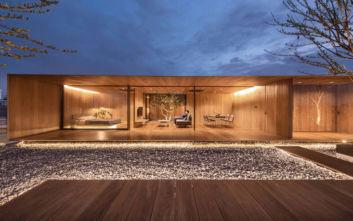 To εντυπωσιακότατο σπίτι στην ταράτσα