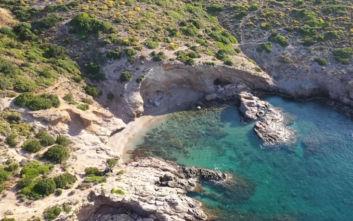 Δύο παραλίες κοντά στην Αθήνα για μονοήμερη εκδρομή
