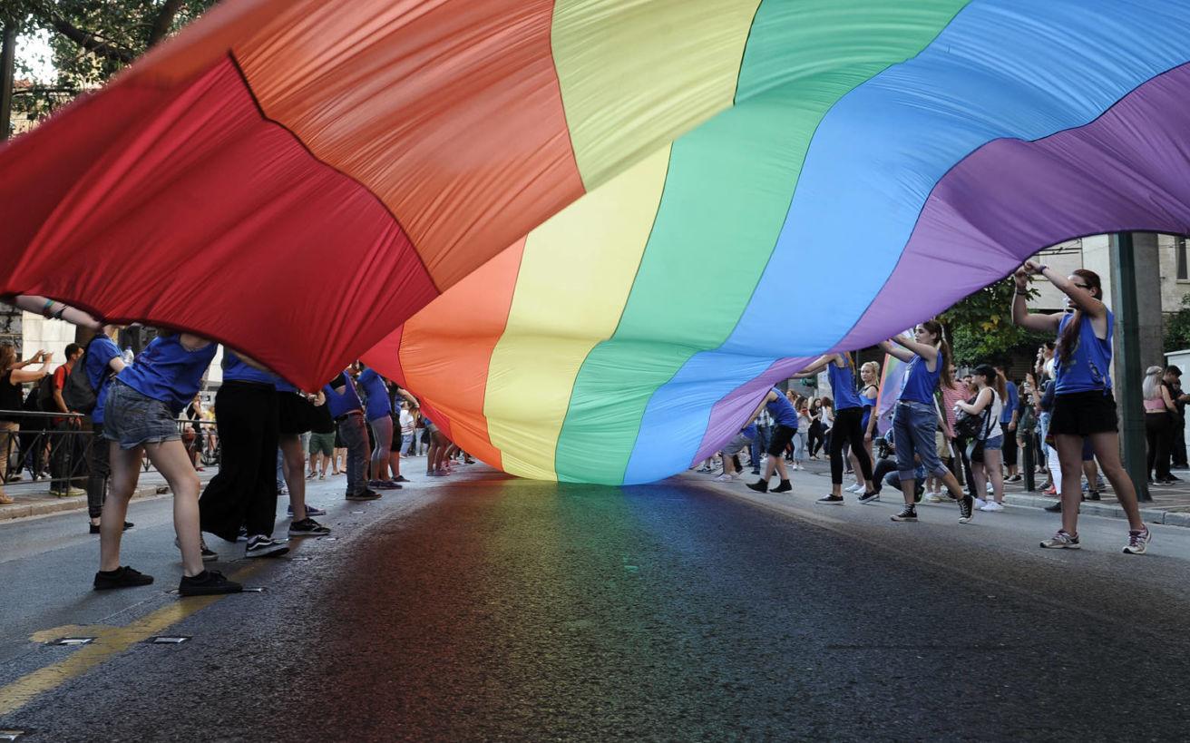 Ένας γκέι μιλάει για τη ζωή του στην Αθήνα και τις σχέσεις