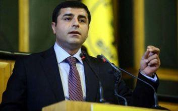 Τουρκία: Εξετάζεται η προφυλάκιση του ηγέτη του HDP, Σελαχατίν Ντεμιρτάς