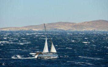 Το μελτέμι έκανε δροσερότερη τη θάλασσα στο Αιγαίο