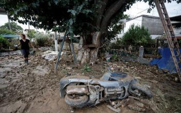 Κακοκαιρία στη Θεσσαλονίκη: «Τραβούσα τη γυναίκα μου για να τη σώσω, γλιστρούσε»