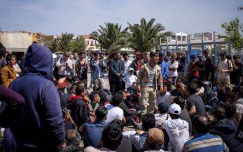 Ελληνικό Συμβούλιο για τους Πρόσφυγες: Υποχρέωση της Πολιτείας η χορήγηση ΑΜΚΑ