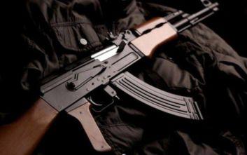 «Το AK-47 μου είναι έτοιμο να σε υποδεχτεί»