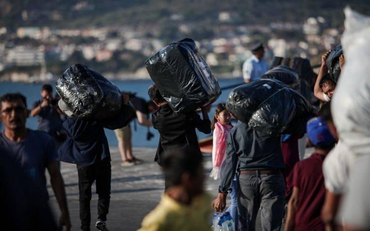 Σε νέο συνολικό σχέδιο για το προσφυγικό προχωρά η κυβέρνηση