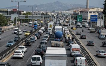 Κυκλοφοριακό κομφούζιο στην Αθήνα: Ποιοι δρόμοι συνεχίζουν να έχουν μεγάλα προβλήματα