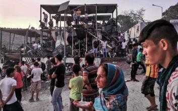 Από τη Μόρια για τον Πειραιά αναχωρούν 200 πρόσφυγες